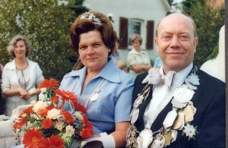 Thie 1976